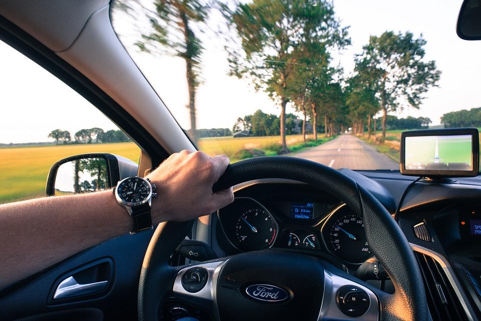 Viaje largo en coche recomendaciones