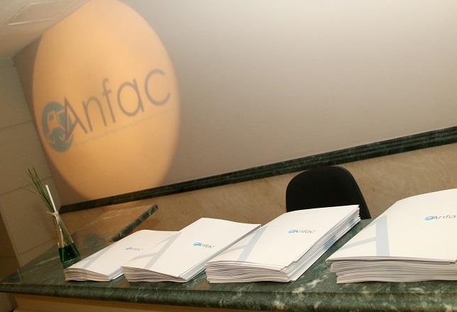 anfac advierte de los 'peligros' que conlleva subir los impuestos al diésel y pide diálogo al gobierno