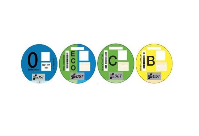 las etiquetas ambientales de la dgt ya pueden adquirirse en 2.400 oficinas de correos