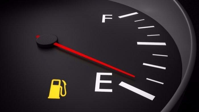 5 malas costumbres que acortan la vida de un coche