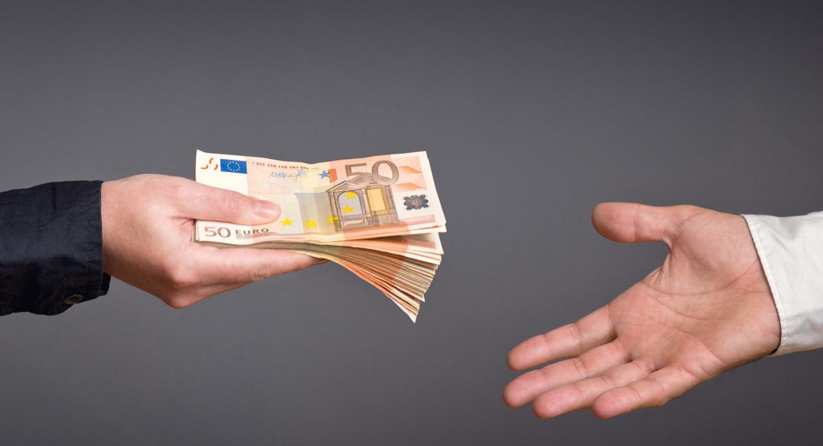 financiar un coche banco o concesionario