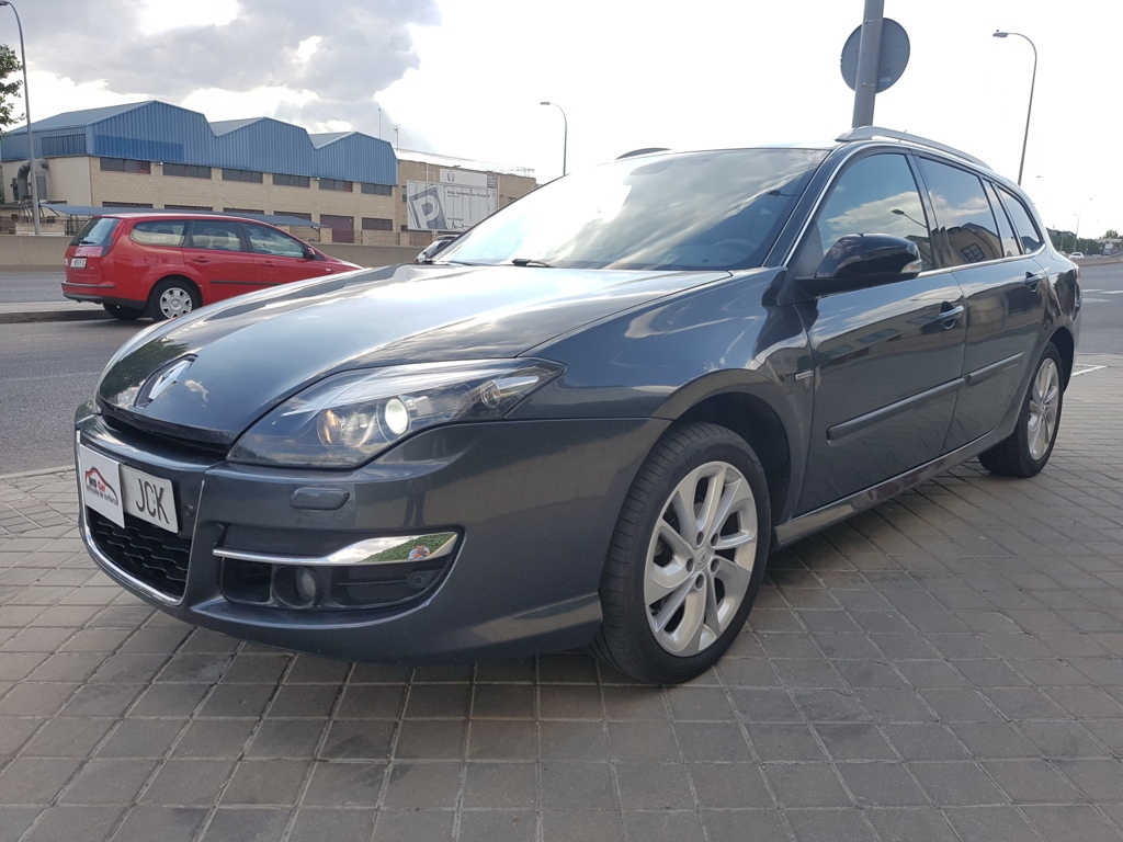 MIDCar coches ocasión Madrid Renault Laguna Grand Tour 2.0DCI 130Cv Limited Edition
