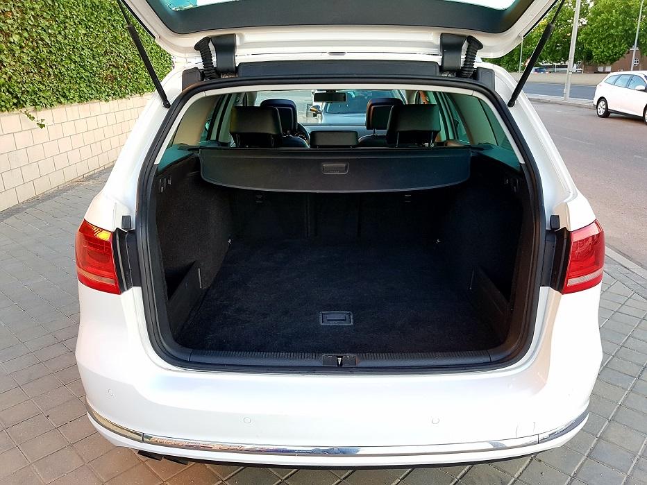 MIDCar coches ocasión Madrid Volkswagen Passat Variant 2.0 TDI 140cv Highline BMot Tech B7